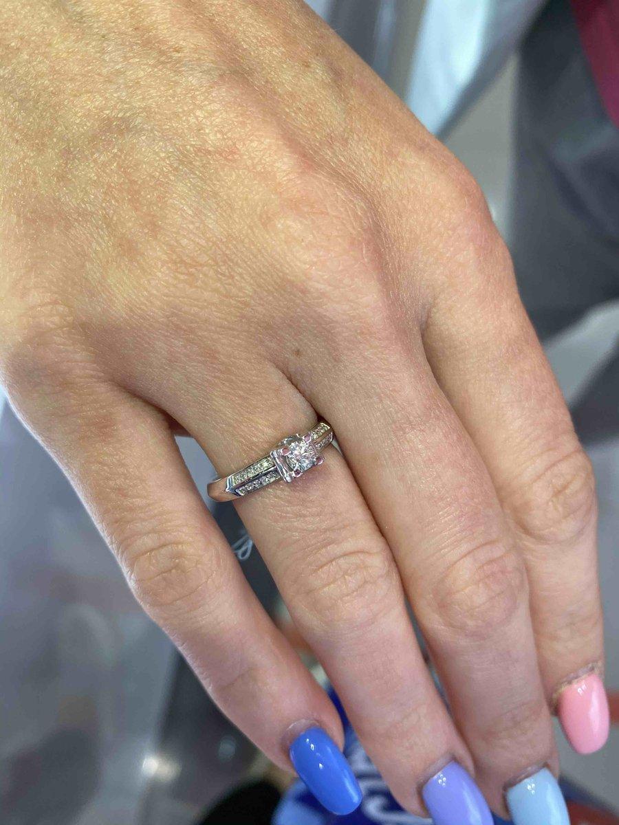 Идеальное помолвочное кольцо