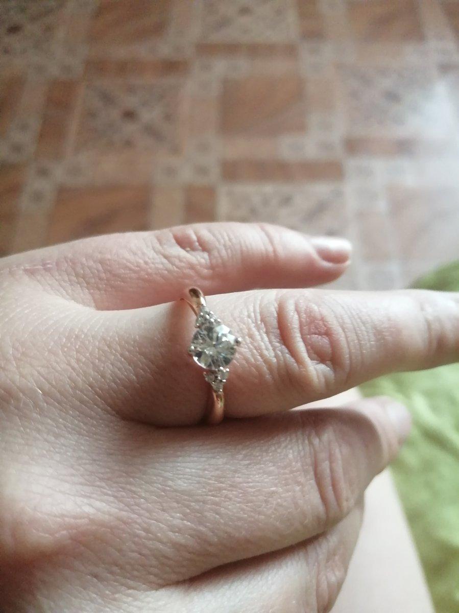 Кольцо шикарное очень понравилось обслуживание продавца!!!