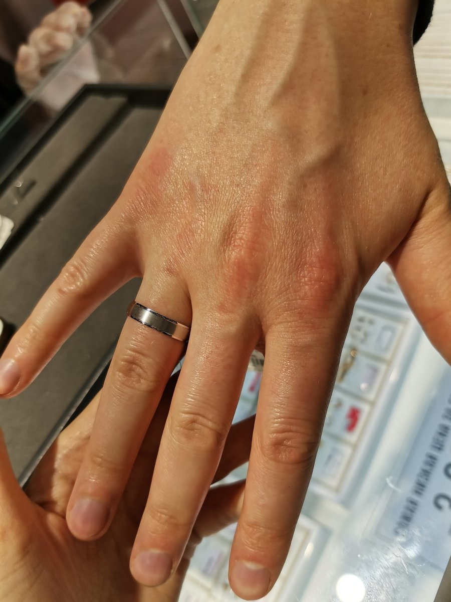 Стильное и красиво кольцо для мужчины