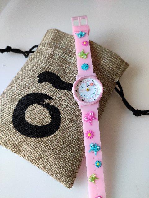 Уникальные и красивые часы. Всё гармонично.