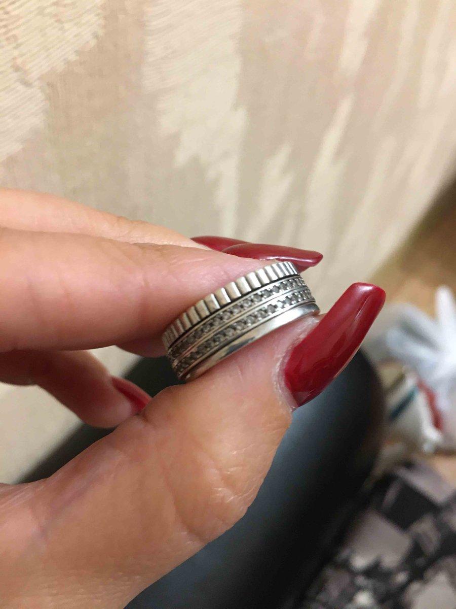 Кольцо с крутящейся серединкой!