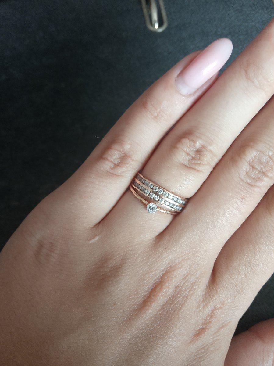 Миниатюрное кольцо на худые пальцы