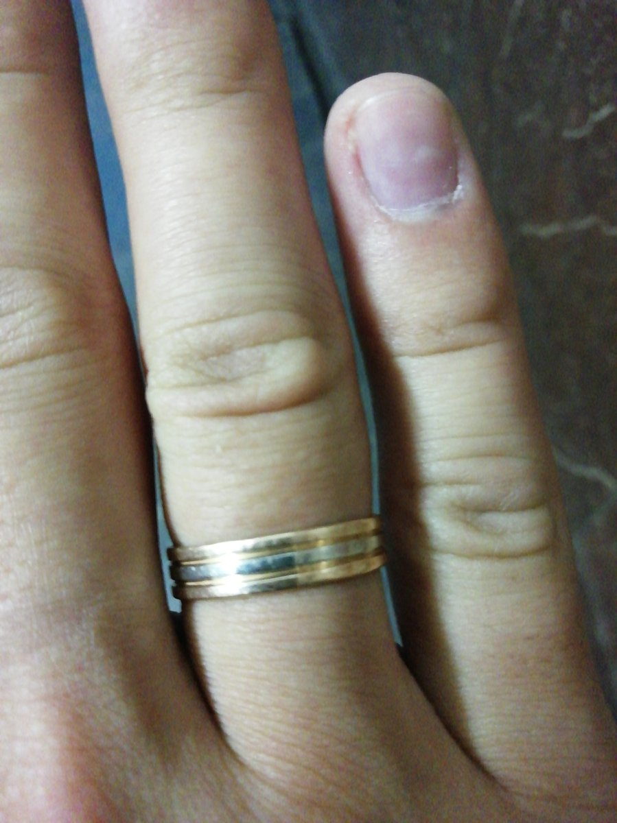 Классное обручальное кольцо)