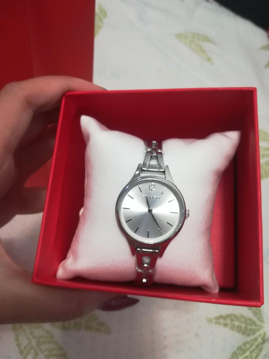 Часы в подарок маме