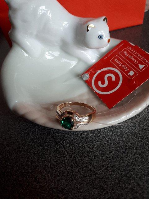 Кольцо с бриллиантами и изумрудом-роскошь и элегантность!!!