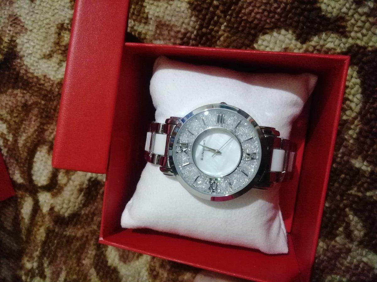 Купила классные часы)