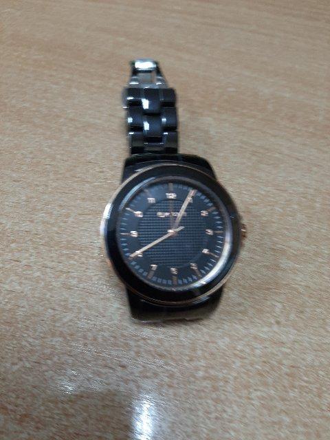 Изящные,красивые часы.