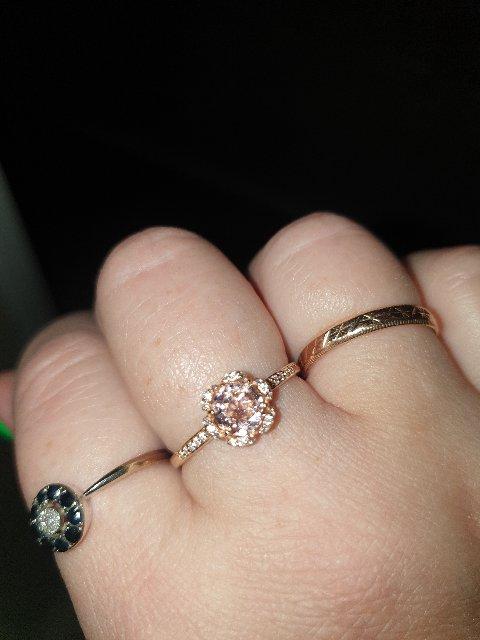 Кольцо с морганитом,рекомендую всем девушкам его преобрести.