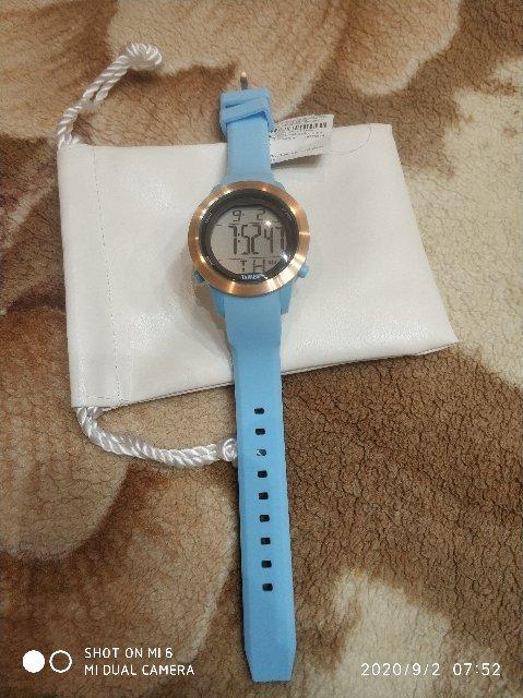 Супер часы подарок жена довольна)))