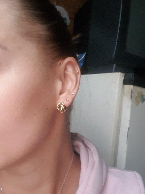 10 лет носила белое золото