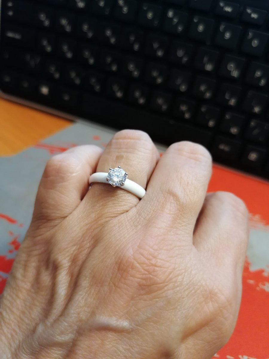 Серебряное колечко с эмалью