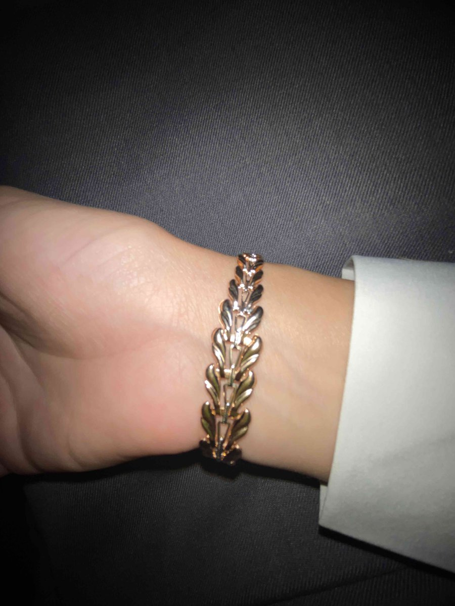 Очень красивый воздушный браслет! ❤️