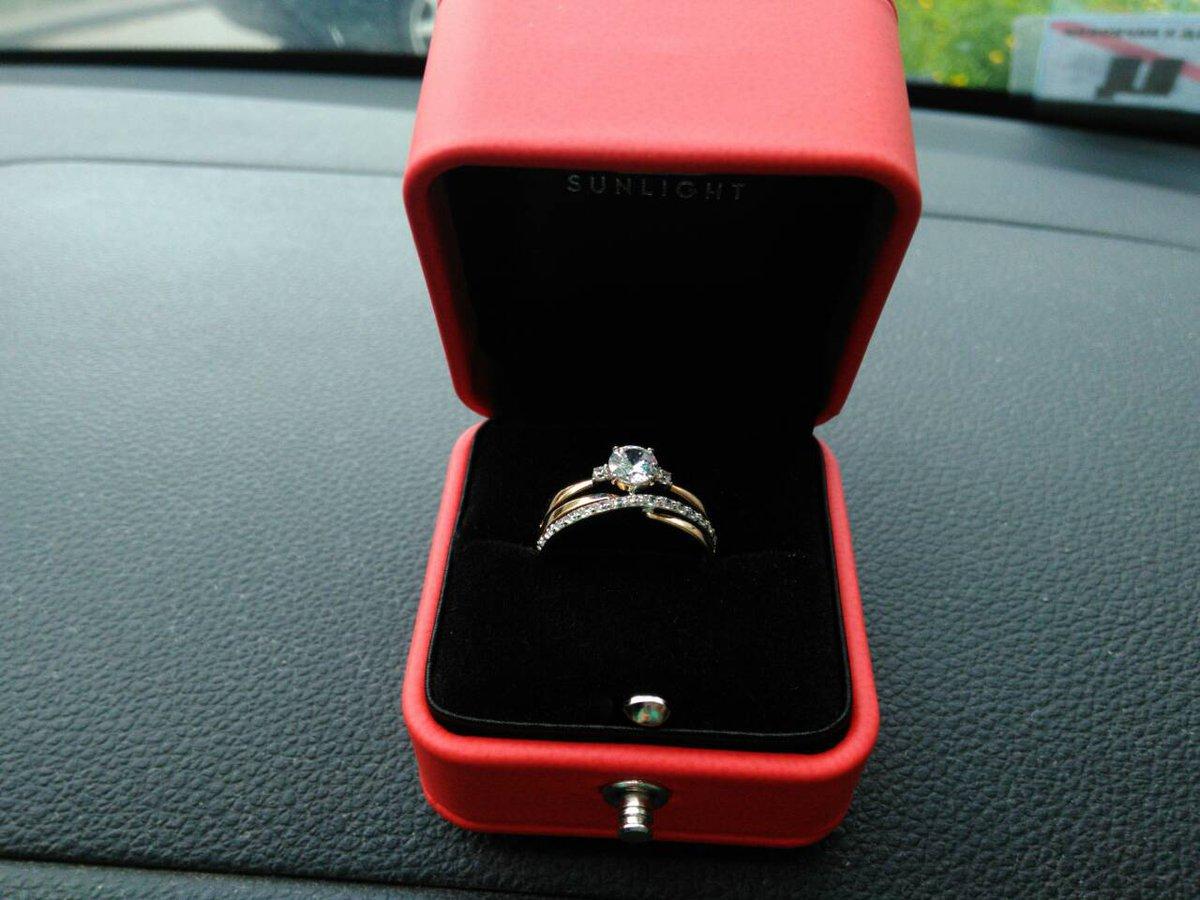 Золотое кольцо бренда соколов (585 проба)