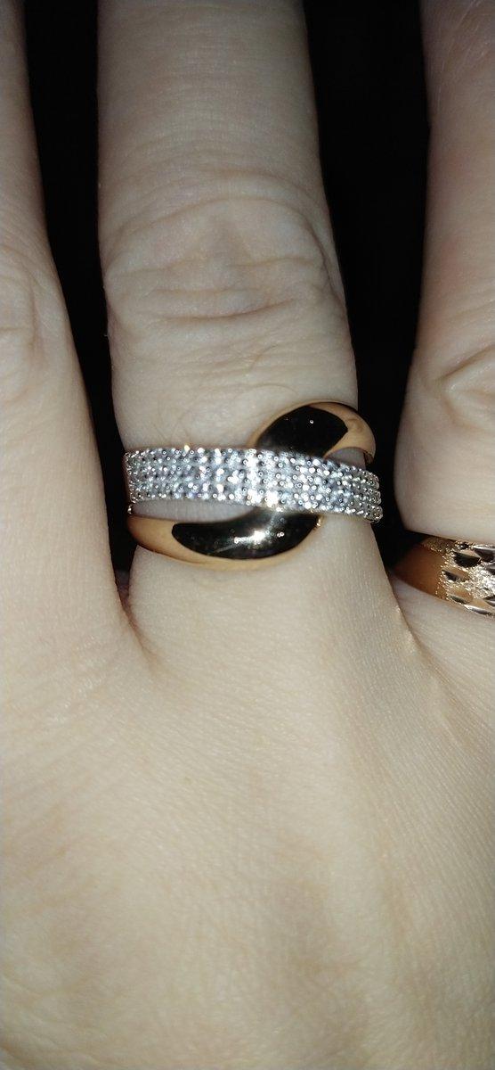 Ношу не снимая! великолепное кольцо!