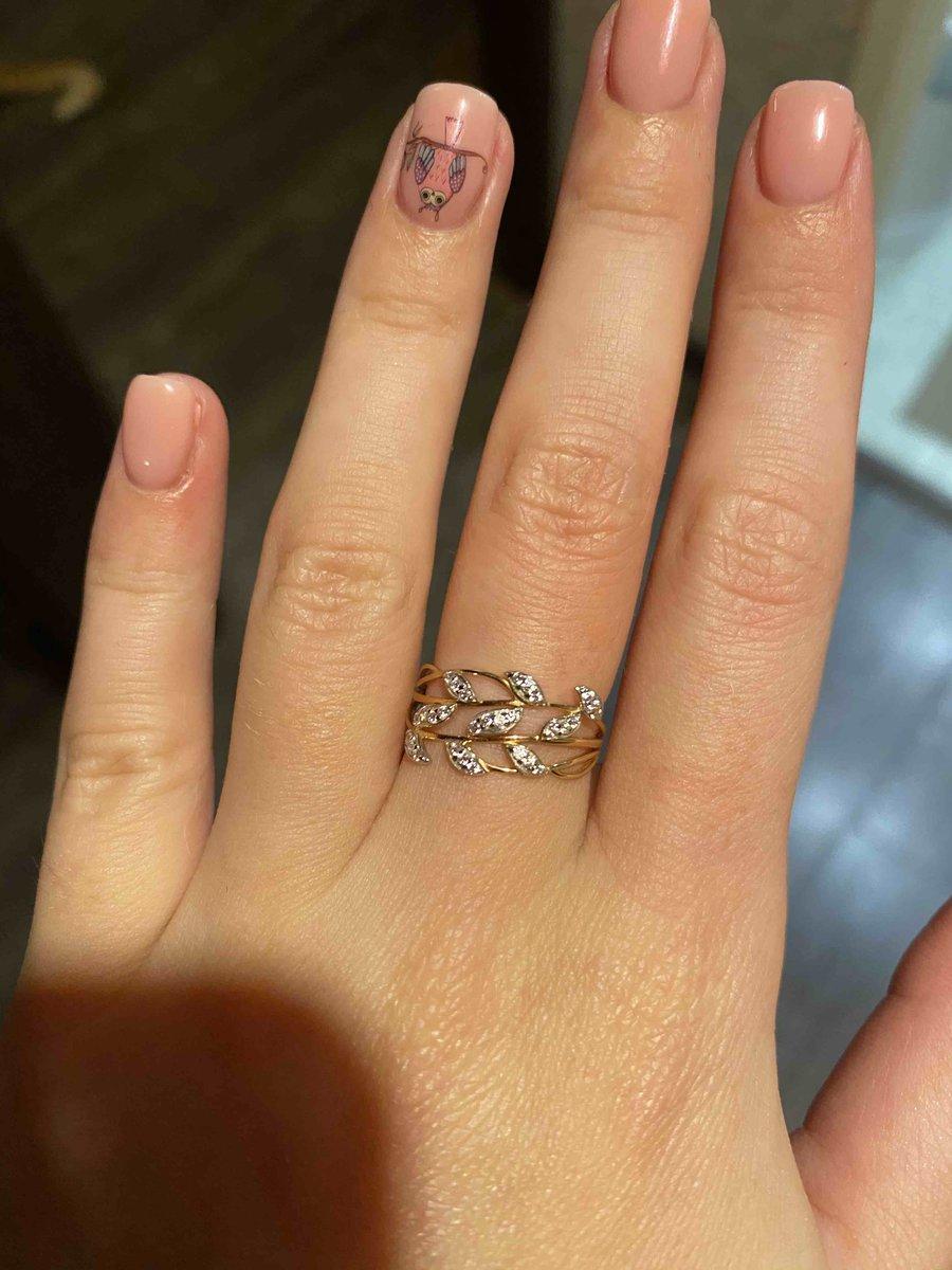 Очень красивое и нежное кольцо