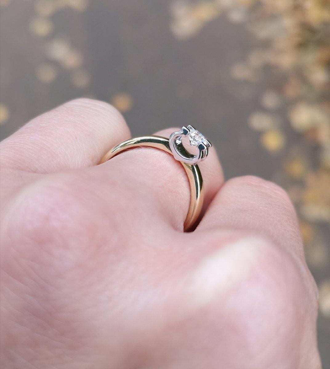 Стильное и богатое кольцо