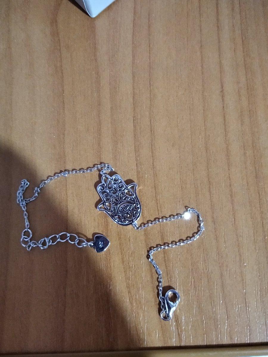 Серебряный браслет с хамсой