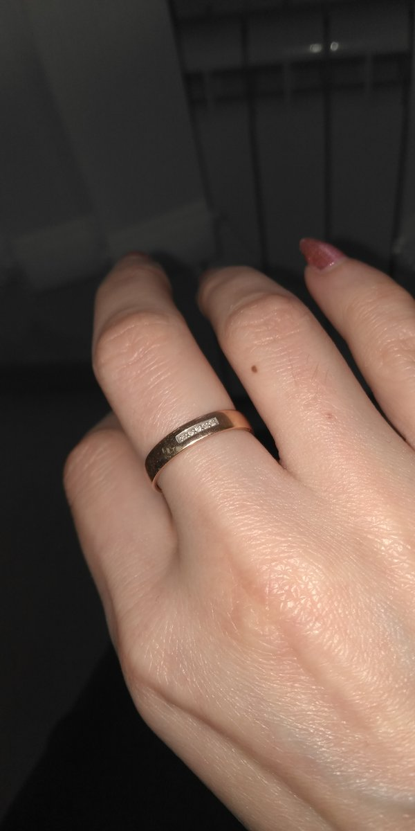 Кольцо-изящное,классное!!!