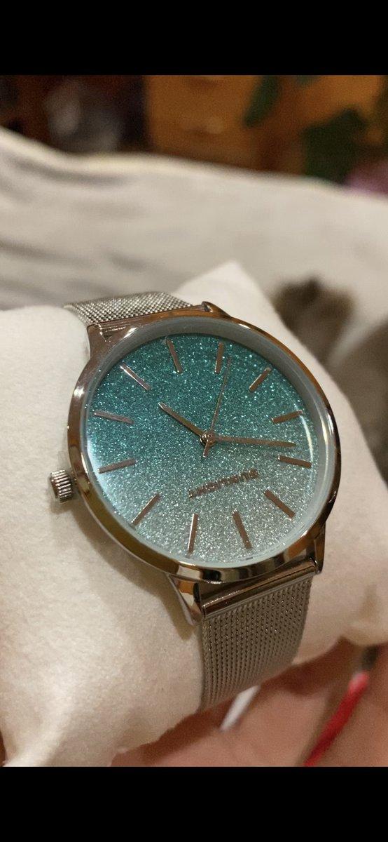 Невероятной красоты часы!😍