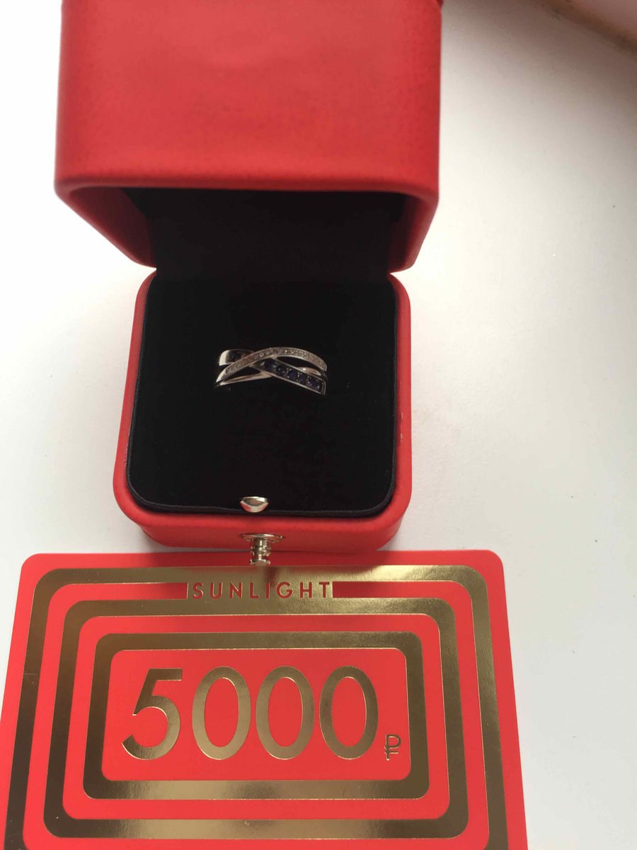 Кольцо с бриллиантами и сапфирами 💙