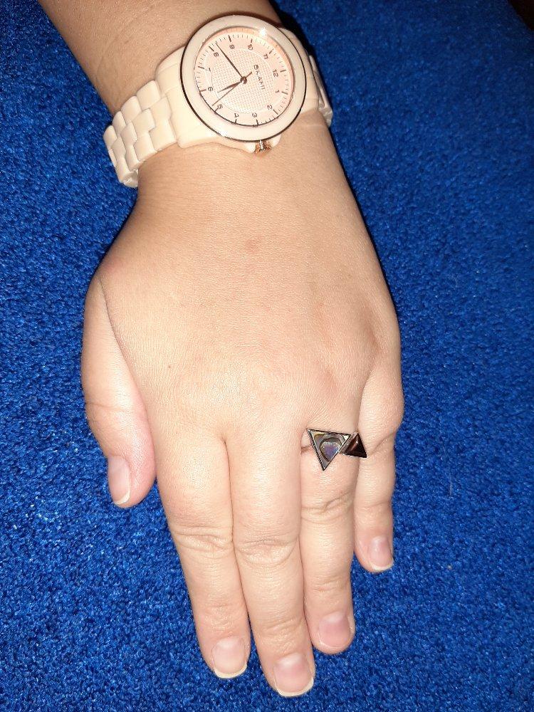 Кольцо с ракушечником.