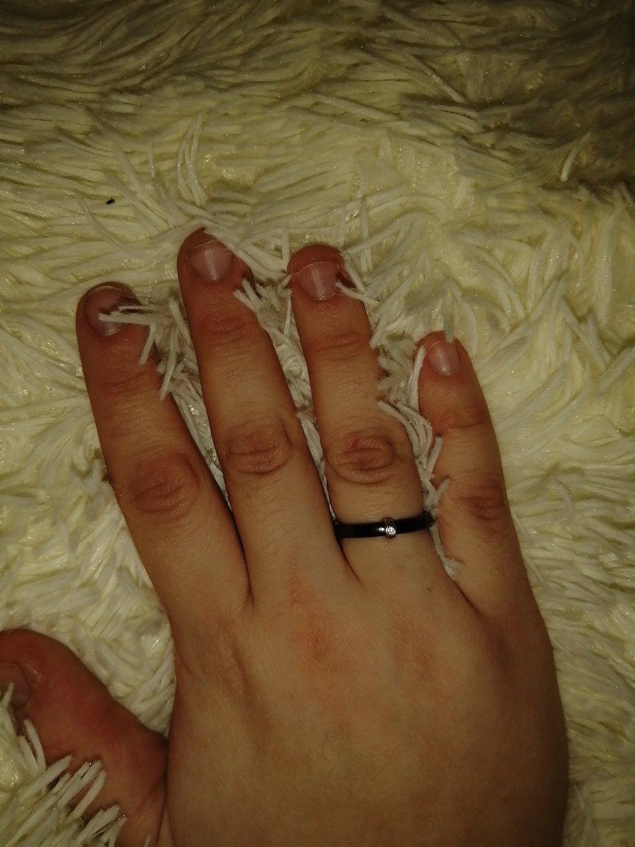 Нелюысное чёрное кольцо из керамики