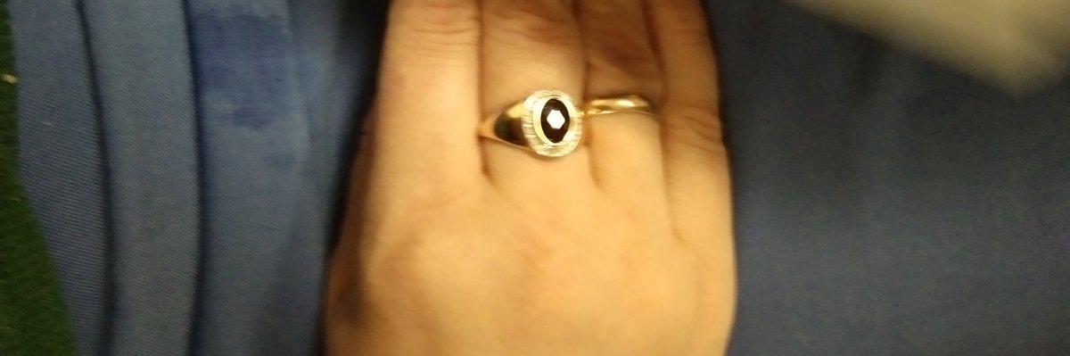 Кольцо с гранатом и брильянтами.