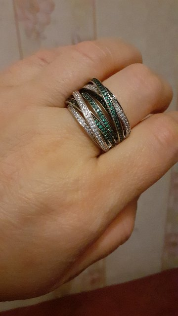 Элегантная  колцо