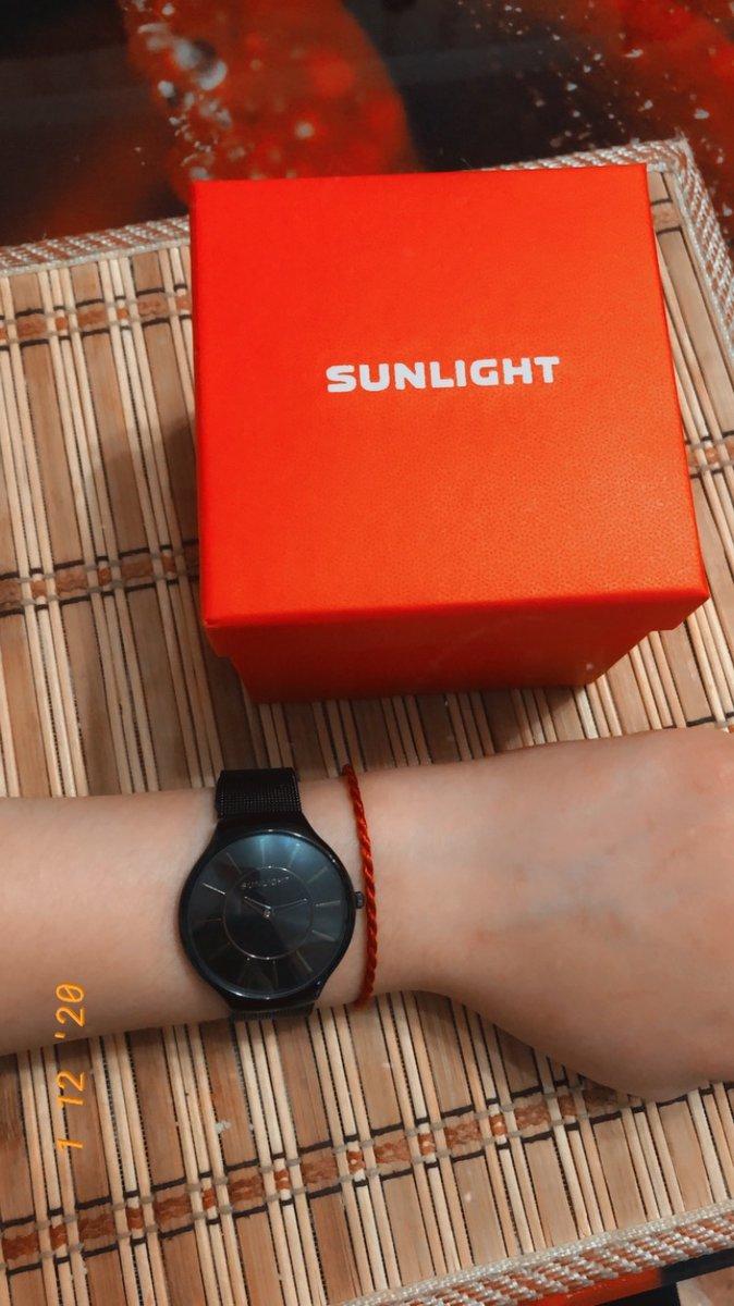 Очень коасивые и стильные часы.