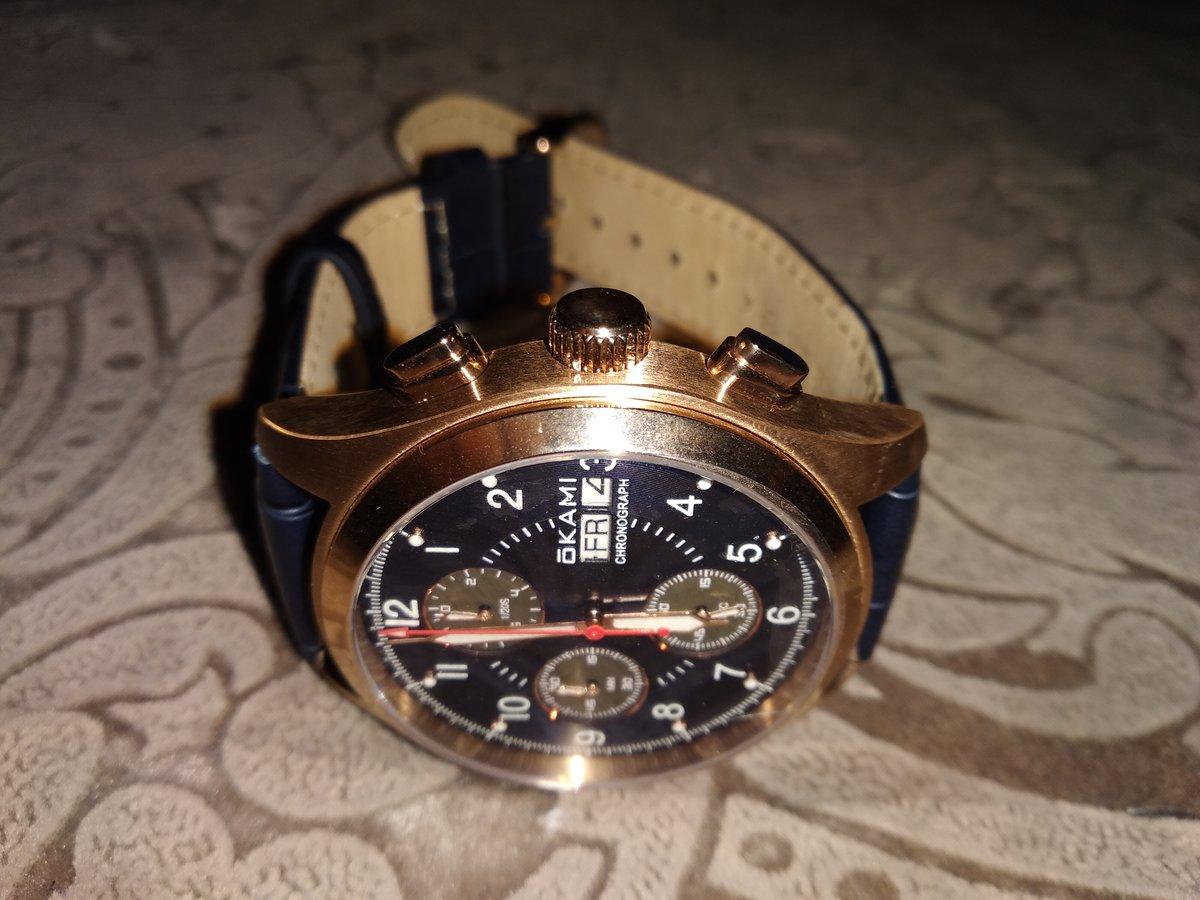 Отличные мужские часы.