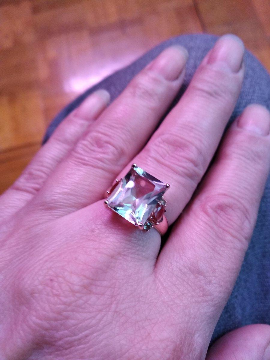 Очень давно хотела это кольцо и тут удача, такая скидка на него.
