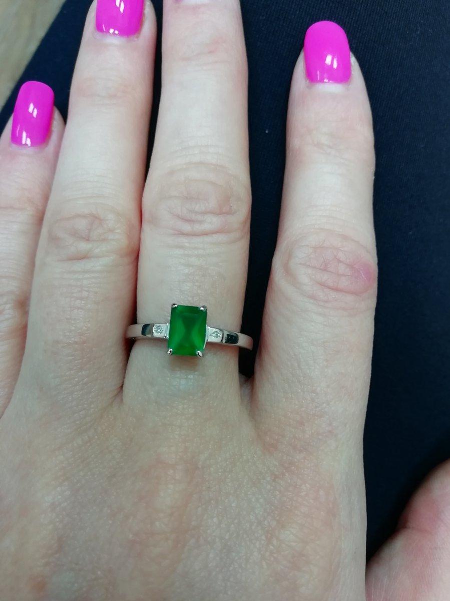 Классное кольцо, яркое, заметное, с хорошей скидкой