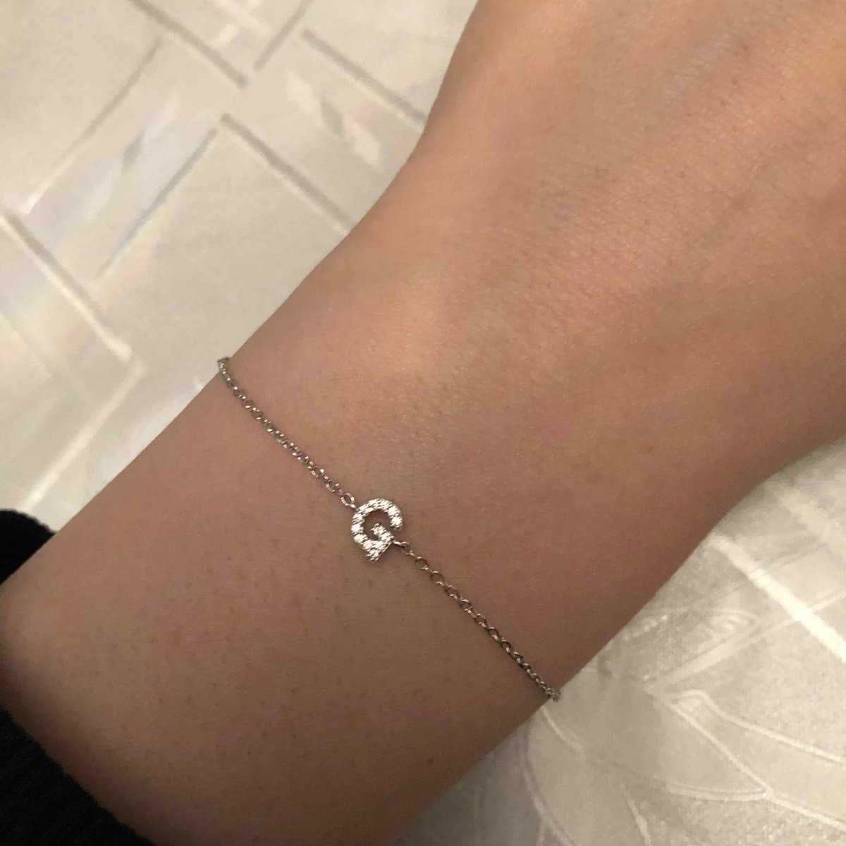 Серебрянный браслет. очень красивый и нежный