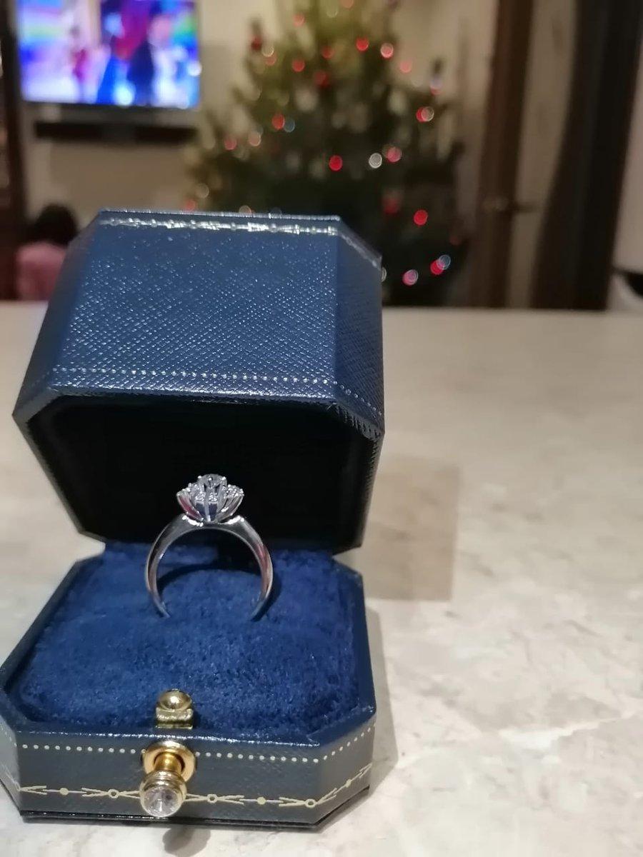Бриллиантовый цветок