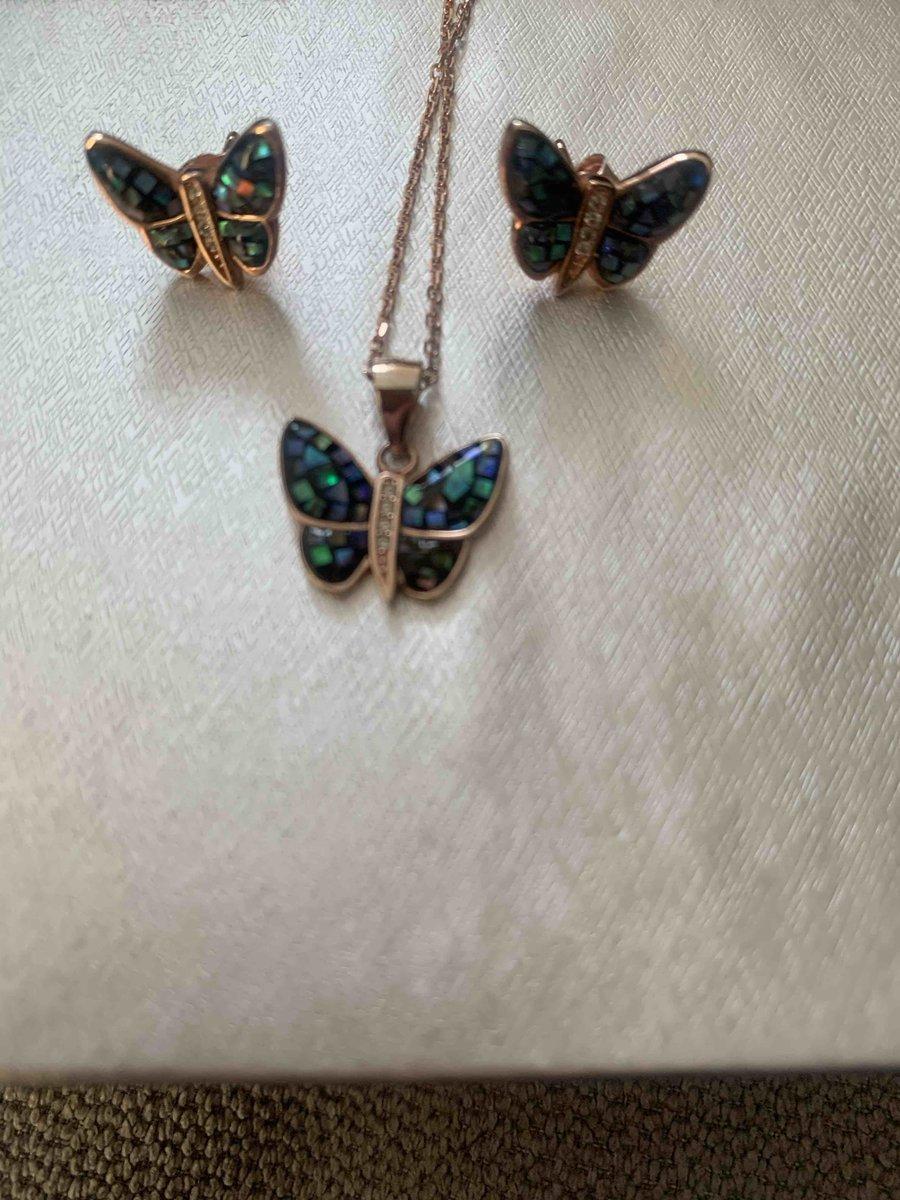 Бабочки-сережки