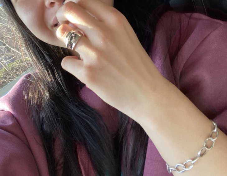 Красивое, модное кольцо