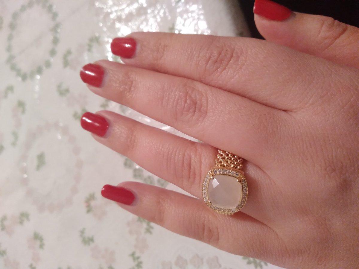 Шикарный  ,неотразимой кольцо, супер