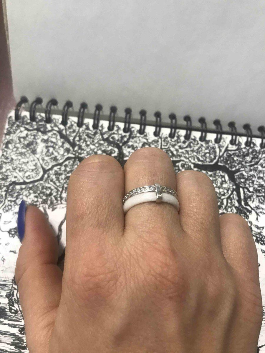 Кольцо оригинальное и очень нежное 🌸