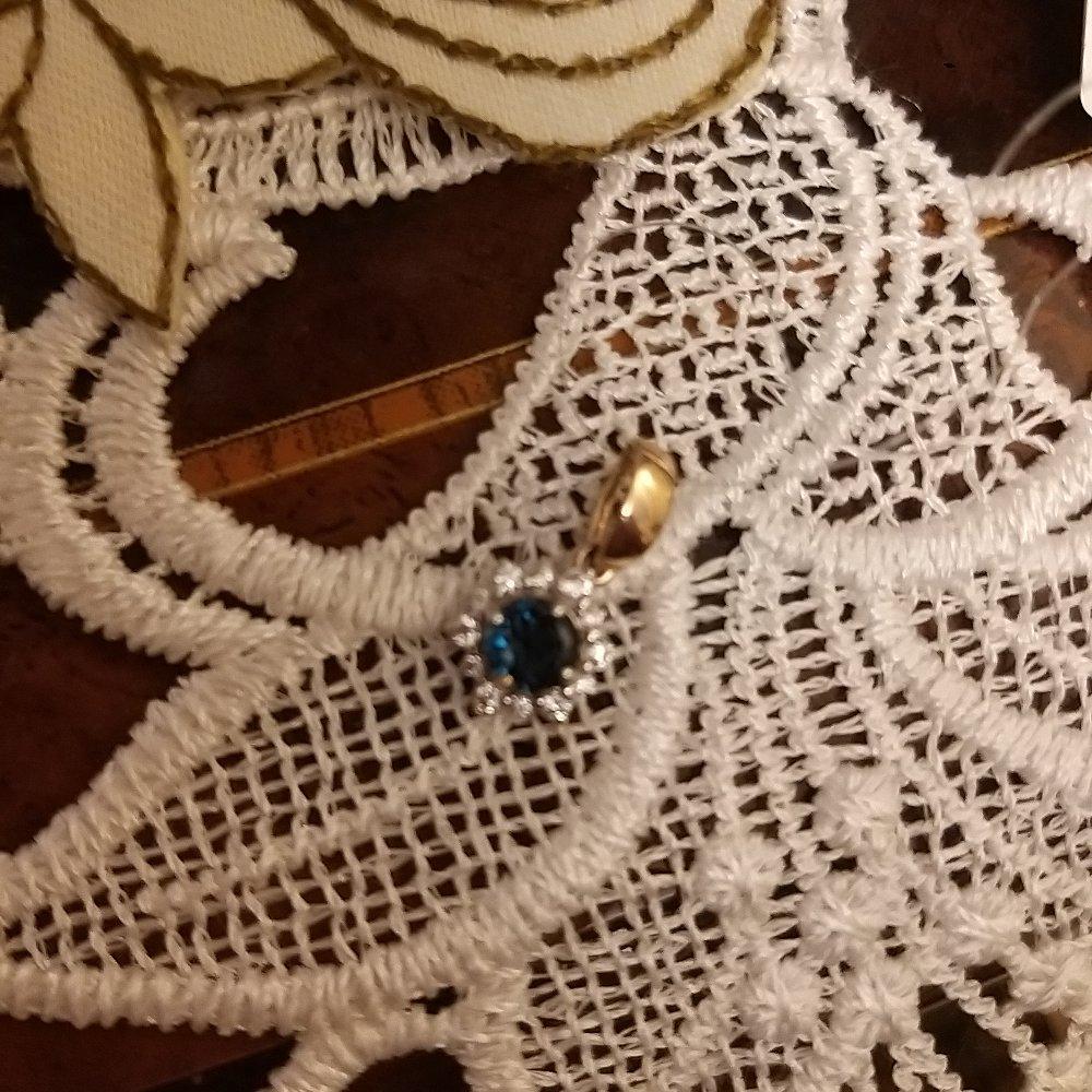 Чудесная подвеска с лондон-топазом