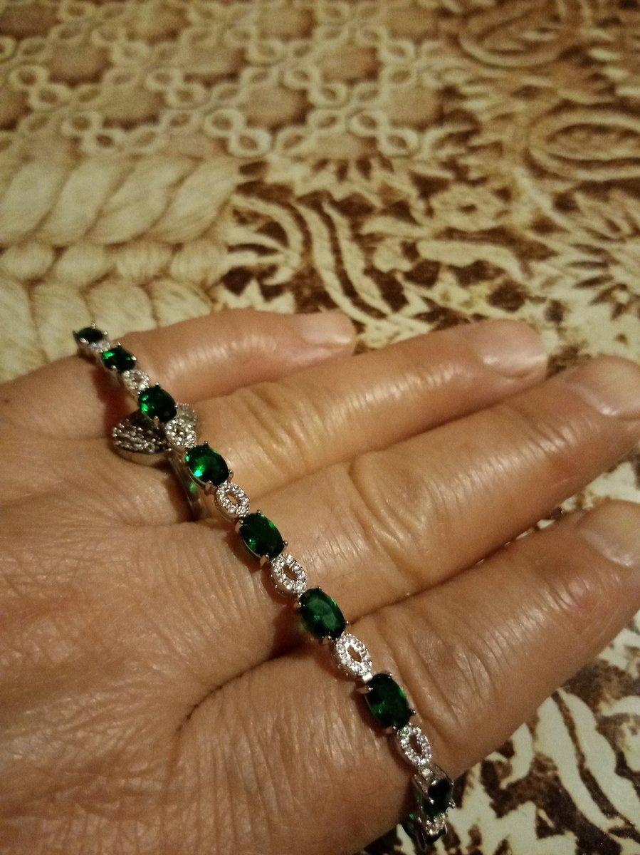 Красивые браслеточень красивая браслет купила внучку очень красивый