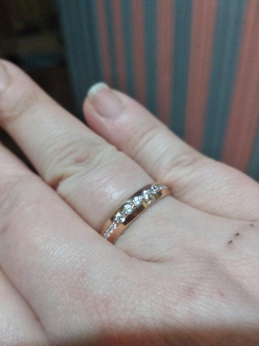 Кольцо (смотрится как свадебное!)
