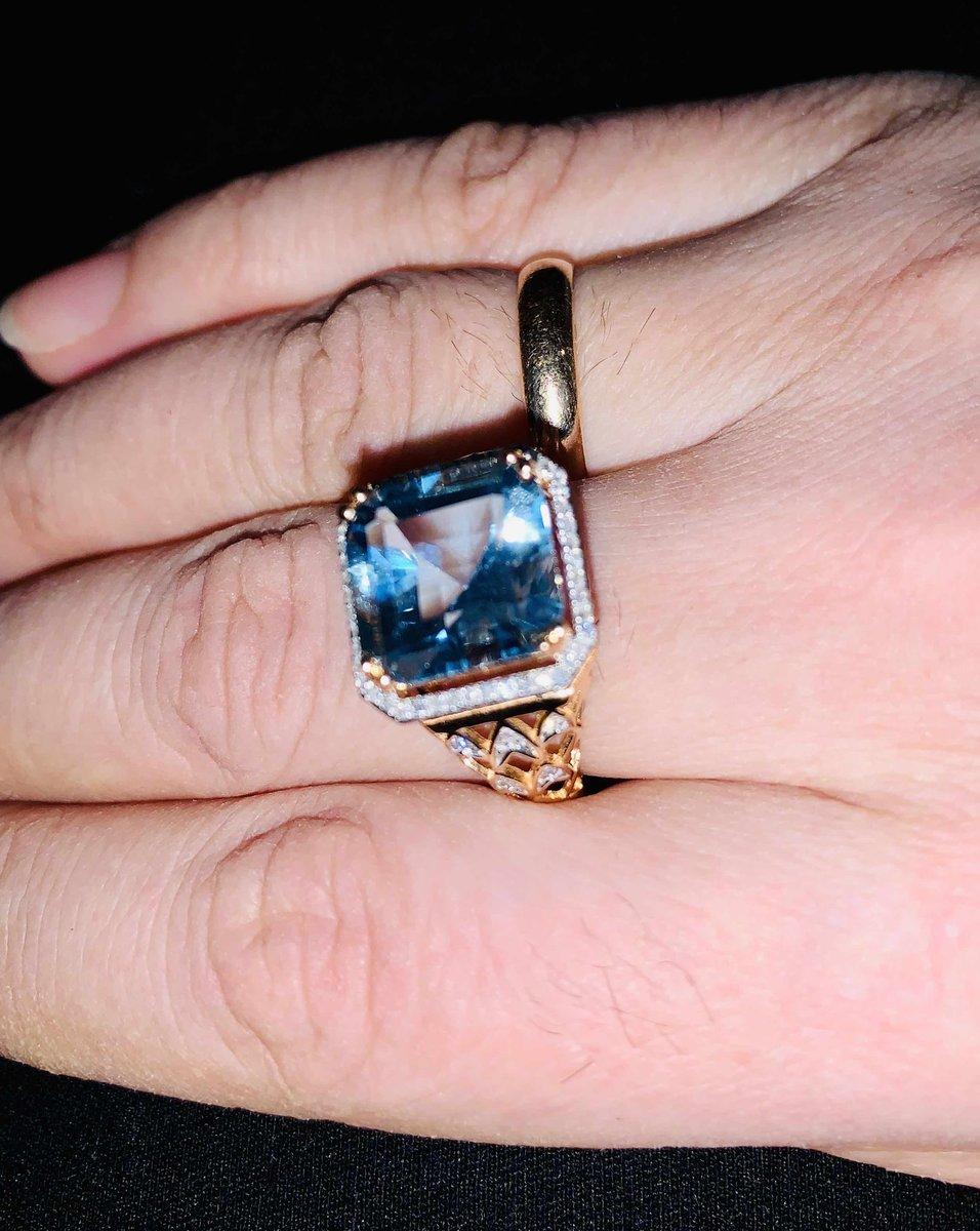 Перстень с топазом!