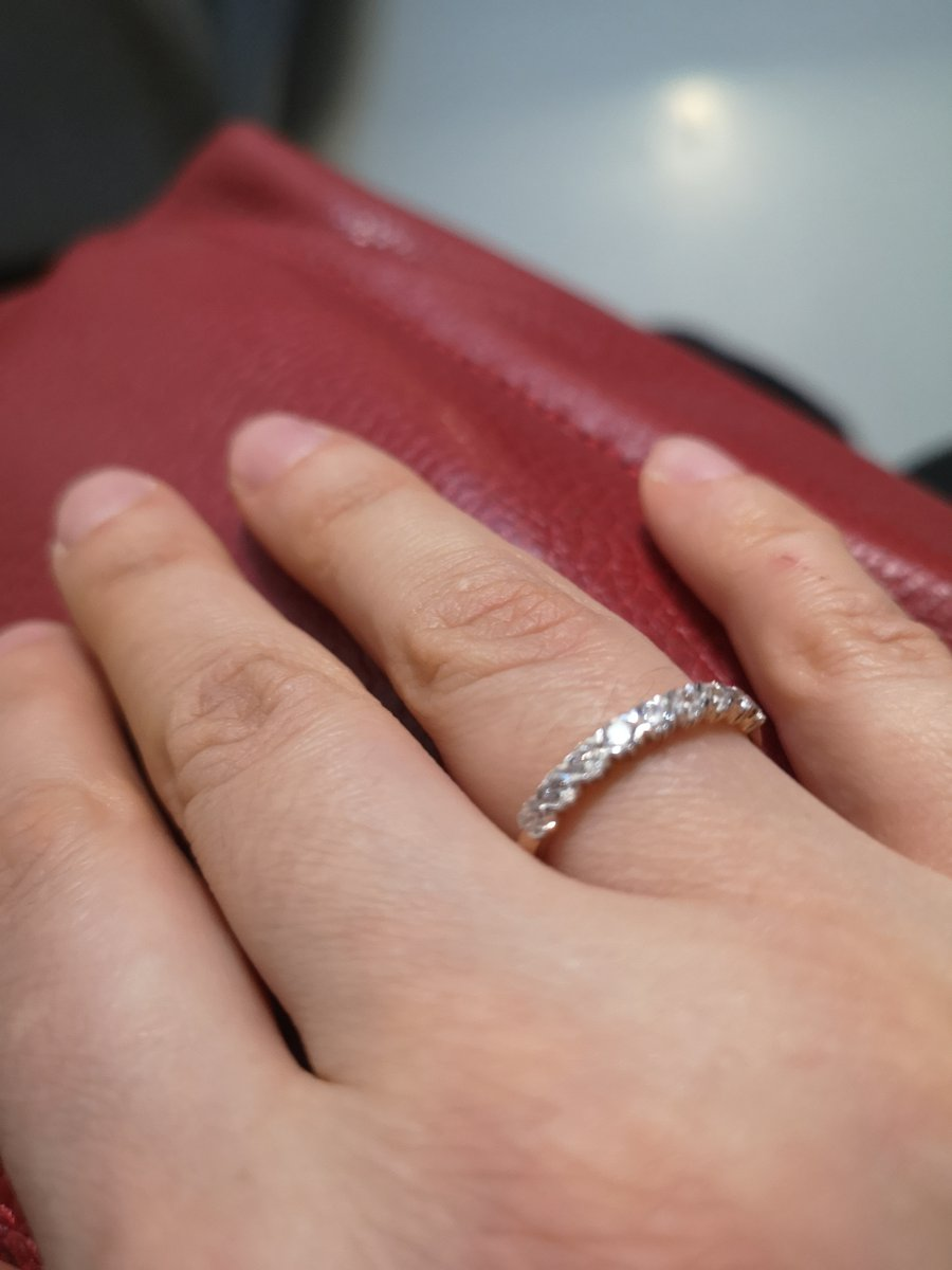 Нежное, воздушное кольцо.