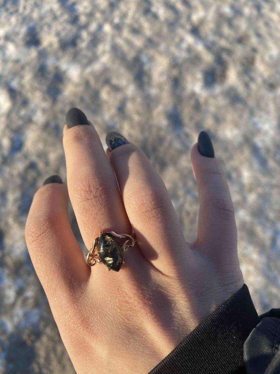 Недорогое , но очень красивое кольцо