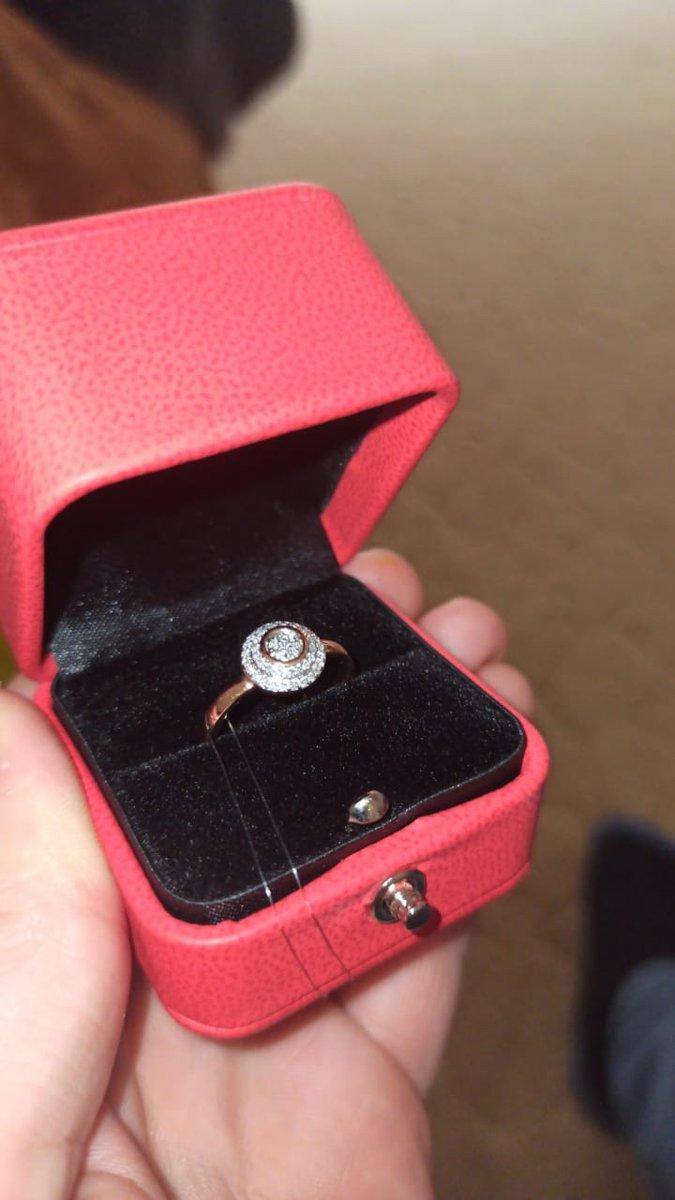 Нашей невесте кольцо очень понравилось