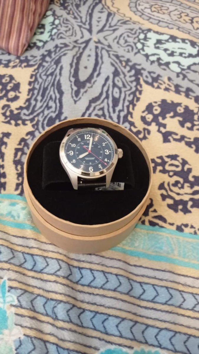 Очень красивые в классическом стиле часы рекоменлую !