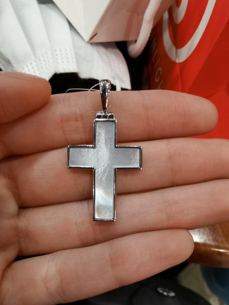 Потрясающий крестик 🙏🏻❤️