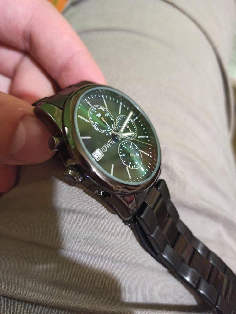 Часы красивые, через пару дней отпала кнопка хронографа