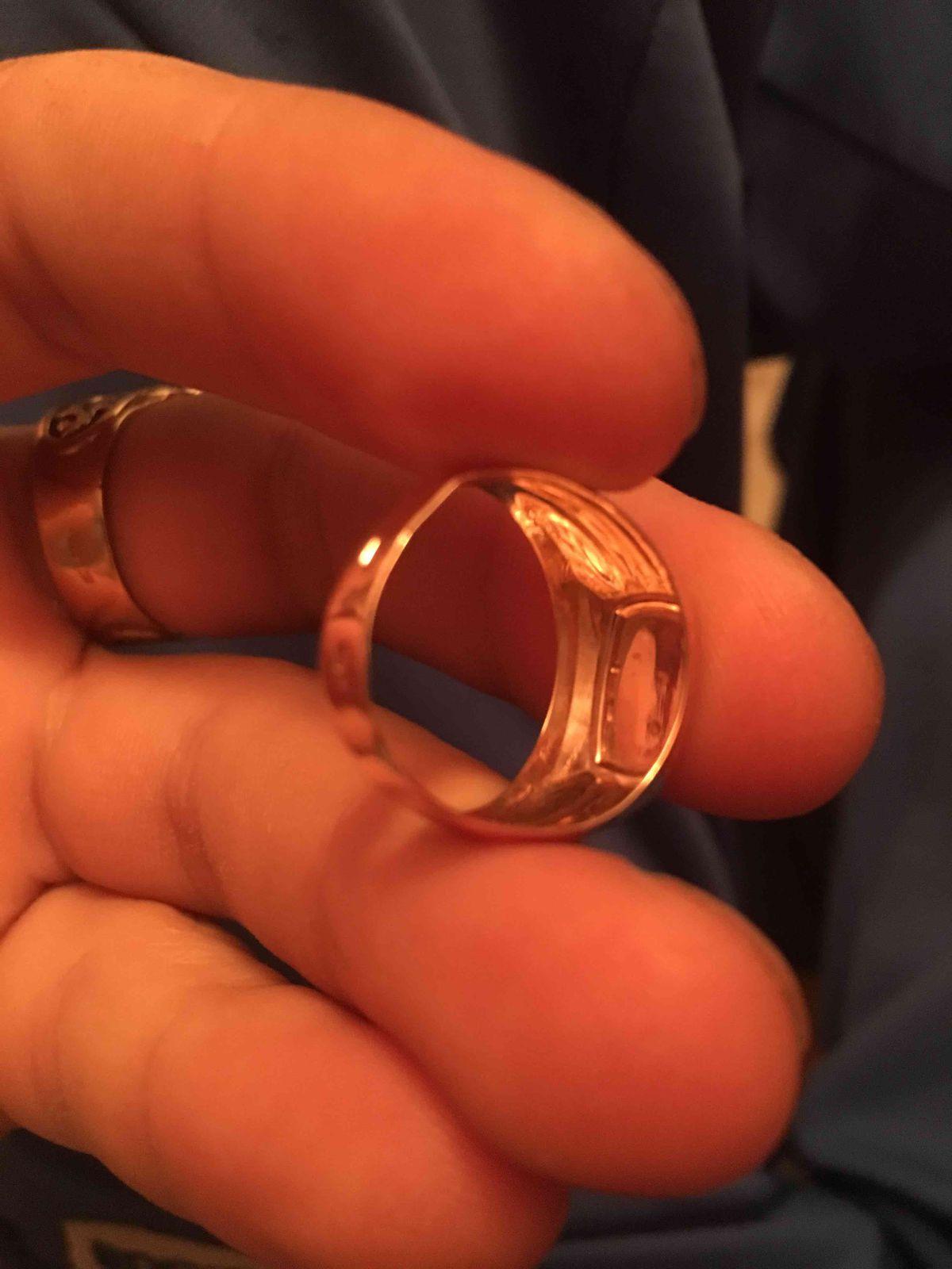 Легкое кольцо