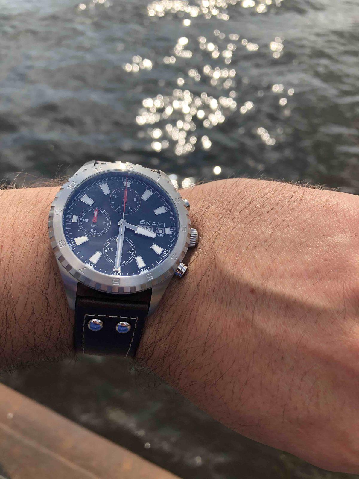 Отличные часы Okami